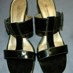 Anne Klein Black Patent Leather Sandals, So nice!